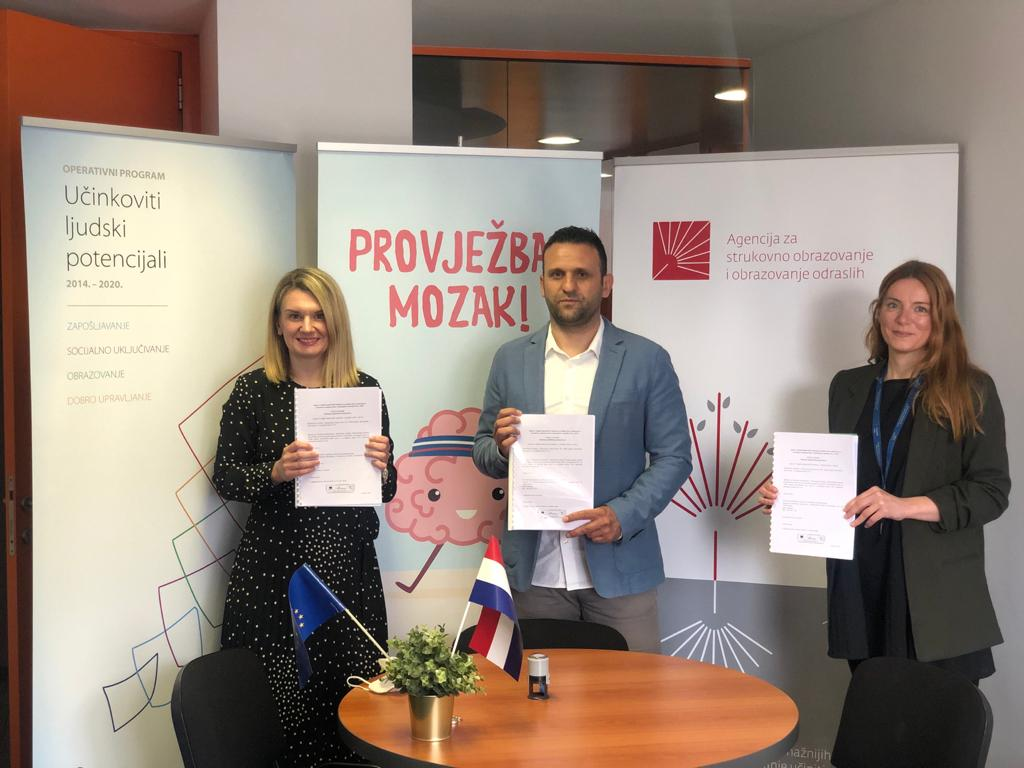 """Potpisan Ugovor o dodjeli bespovratnih sredstava za ESF-ov projekt """"Promocija cjeloživotnog učenja faza II"""""""